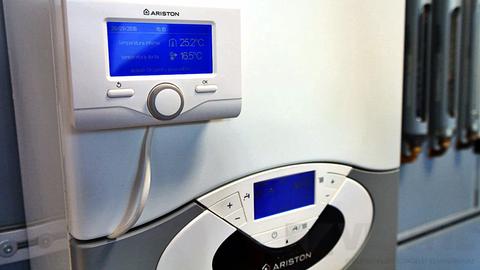 Ariston Sensys modulációs rendszervezérlő és szobatermosztát EVO kazánokhoz